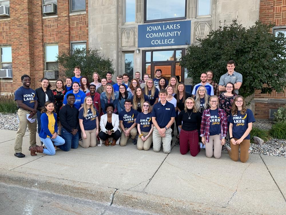 Iowa Lakes student leadership group